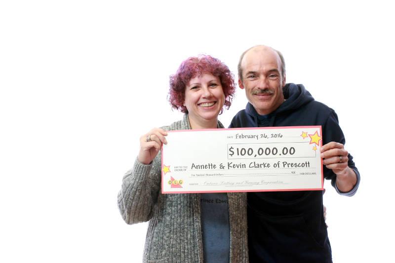 Annette and Kevin Clarke Prescott Lotto Jackpot Mar0116 Edited